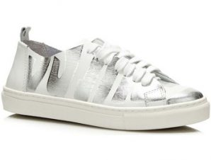 Xαμηλά Sneakers Guess FLOHR2 LEP12